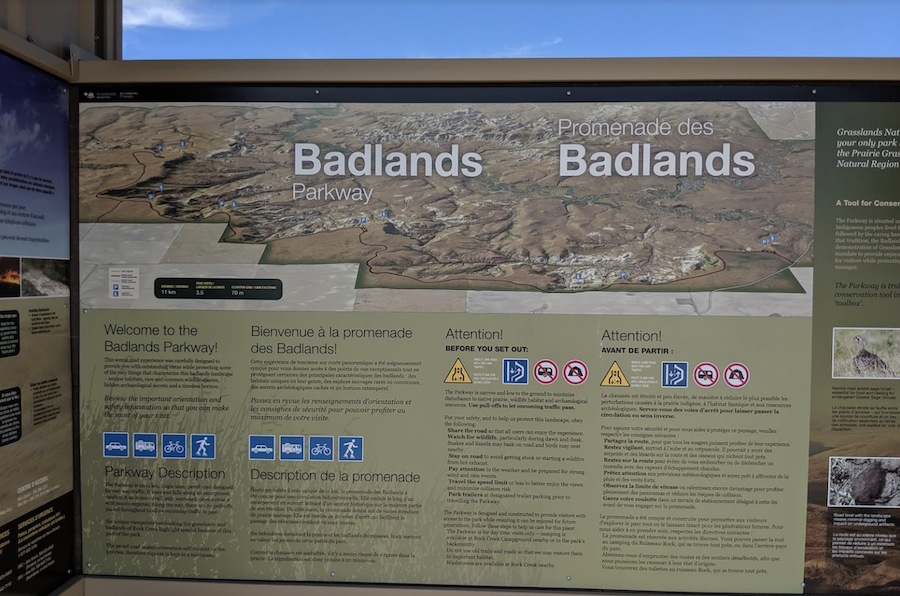 The sign at the entrance to the Badlands Parkway.