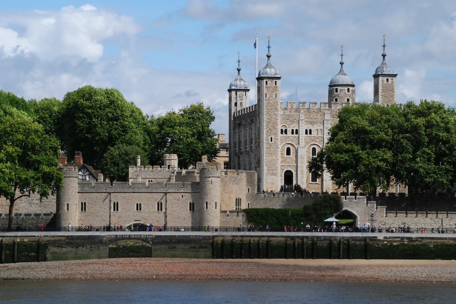 The Tower of London along the banks of the River Thames.