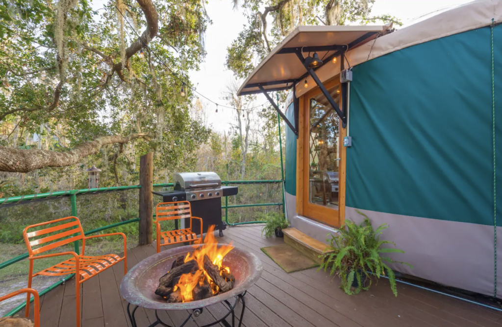 The upper deck of the treehouse Airbnb in Florida.