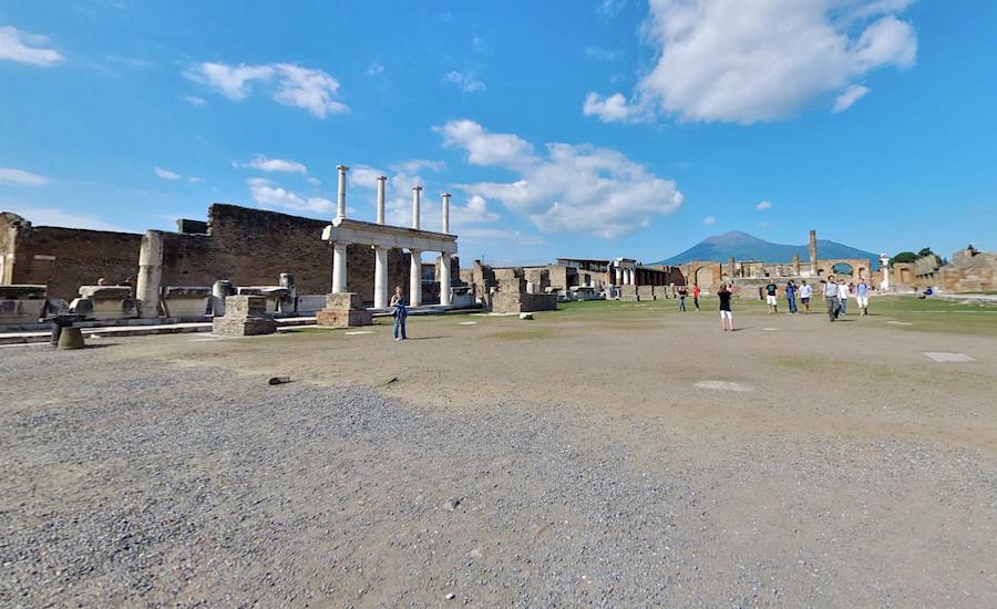 The virtual tour of Pompeii.