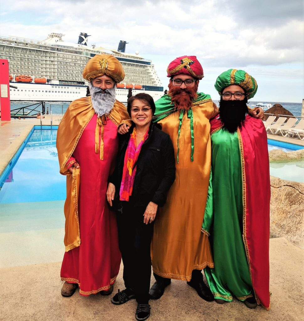 """The writer with the """"Three Kings"""" in Cozumel."""