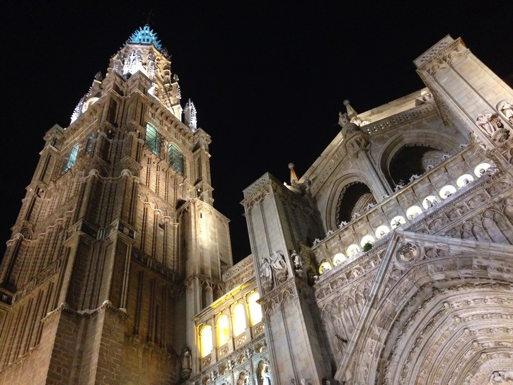 Toledo Cathedral lit up at night