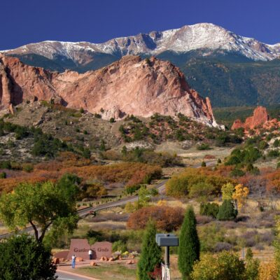 View of the Garden of the Gods in Manitou Springs, Colorado.