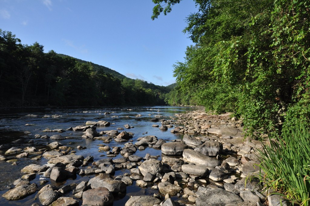 Views of the Housatonic River in Housatonic Meadows State Park.
