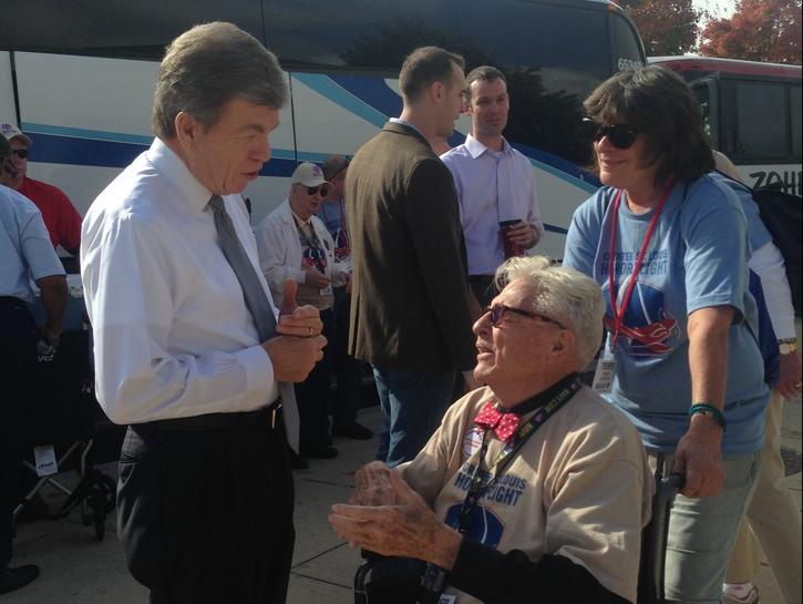 Virgil talks to Senator Blunt at World War II Memorial.