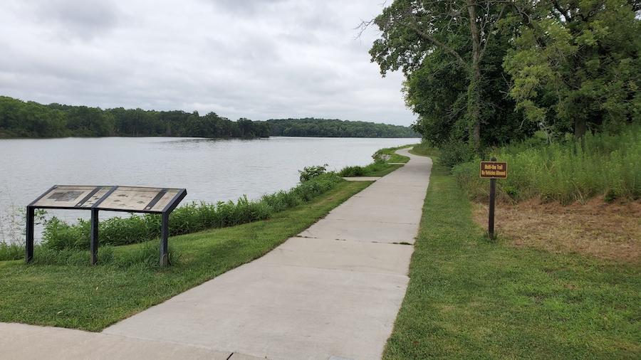 Walking trails at Lake Darling State Park in Iowa.