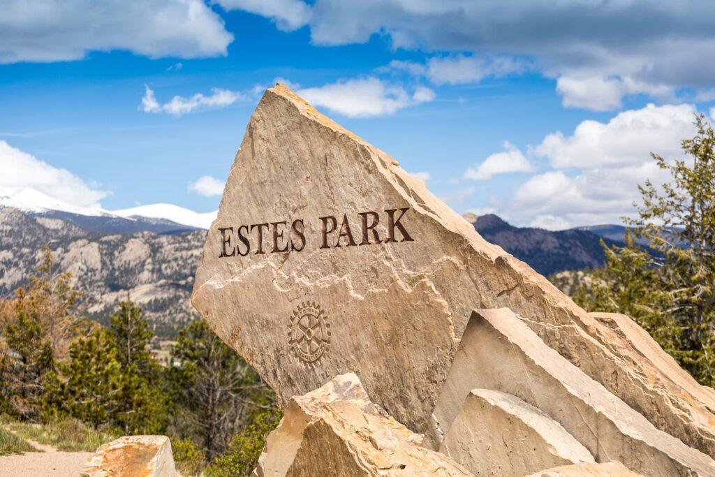 Welcome sign at Estes Park in Colorado.