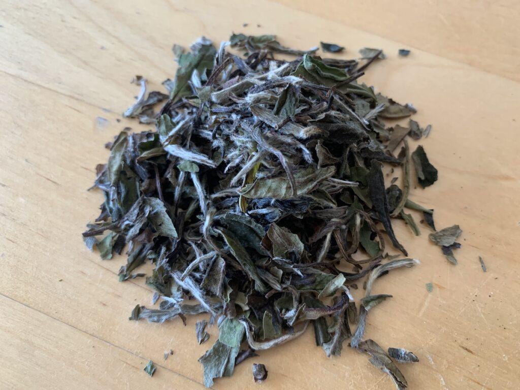White loose leaf tea.