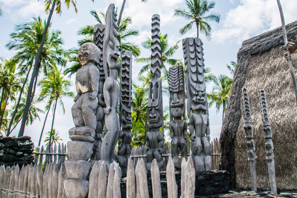 Wooden carvings at Puuhonua o Honaunau.