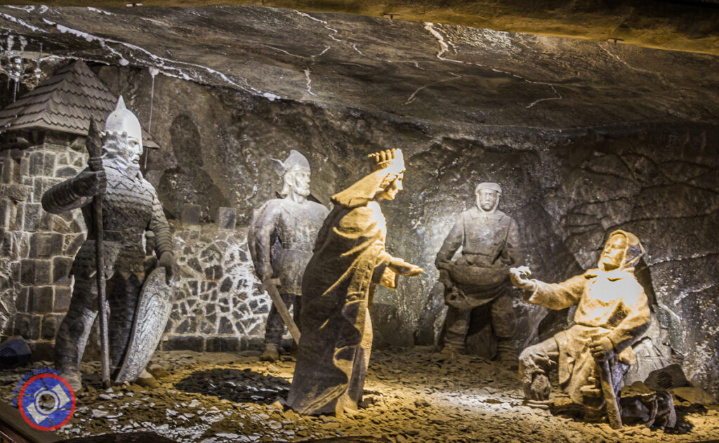 Historic figures in the mine.