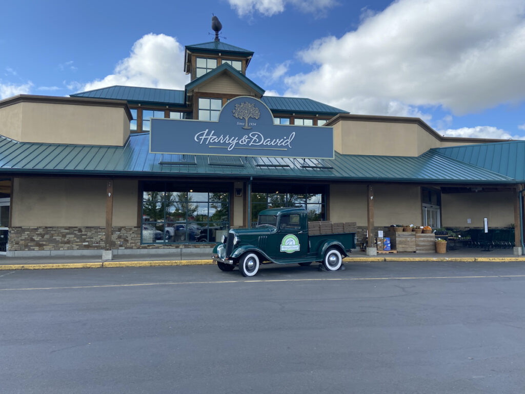 Harry & David's Country Store.