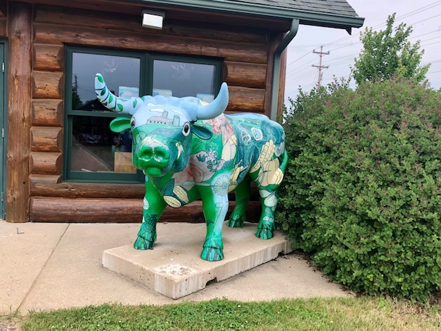 Babe the Blue Ox statue.