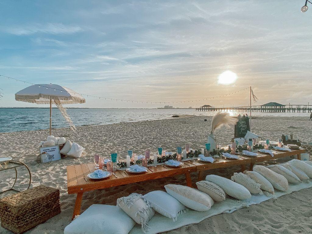 Coastal Picnic & Company, Front Beach.