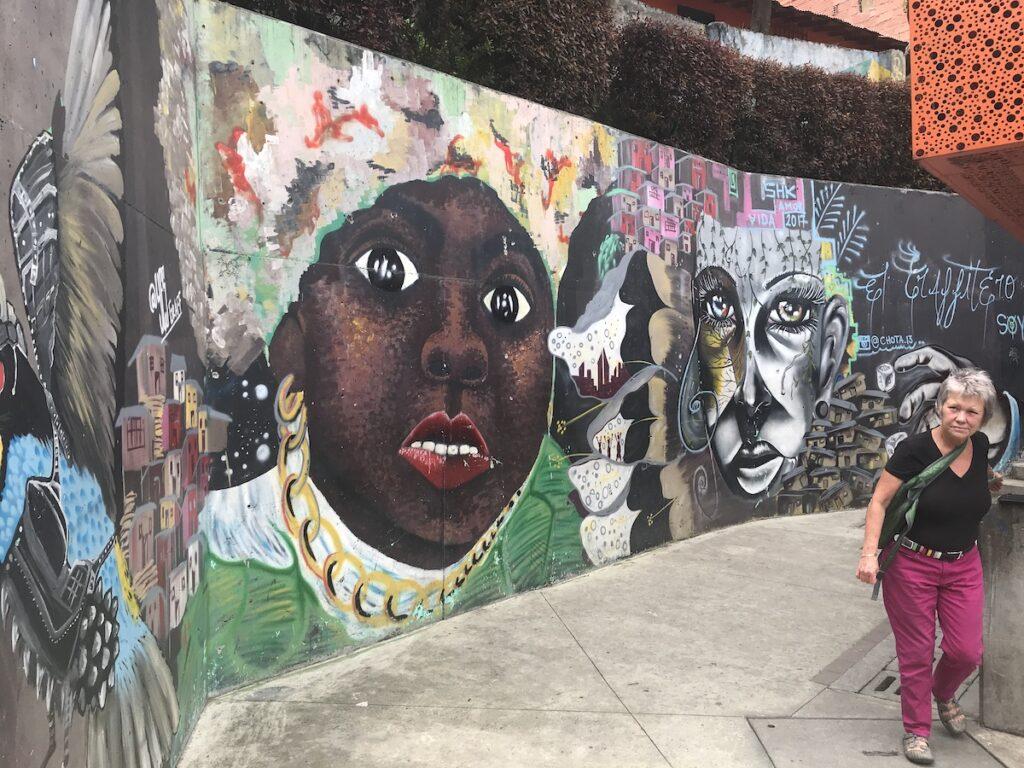Murals in Medallín, Columbia