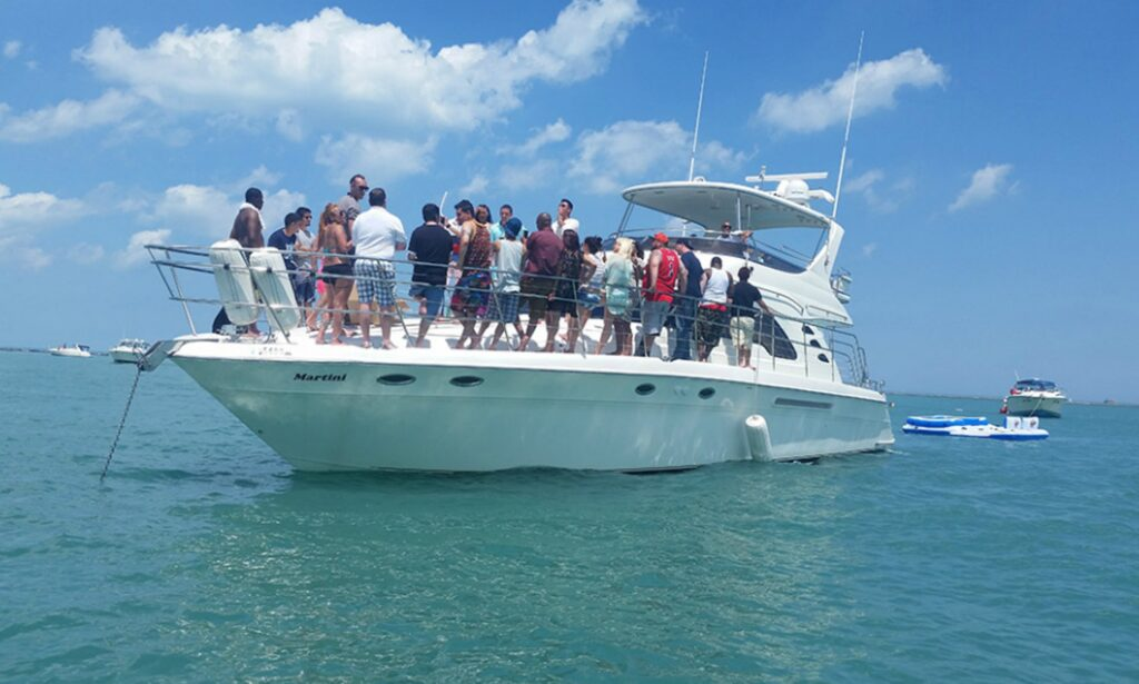 Captained Charter on 60ft Martini SeaRay Luxury Motor Yacht for rent in Chicago