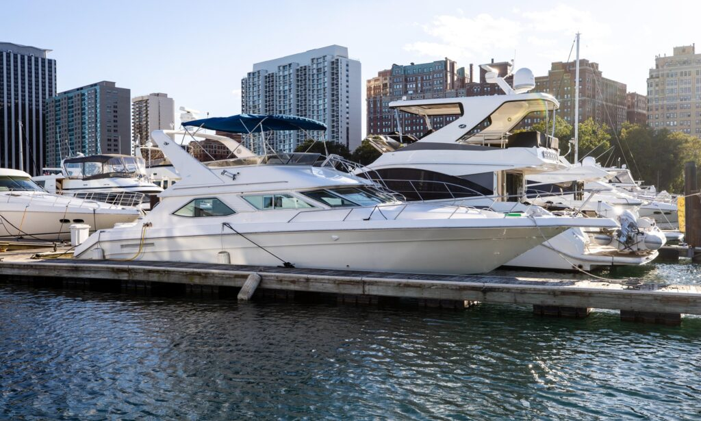 48' Sea Ray Flybridge Yacht for rent in Chicago