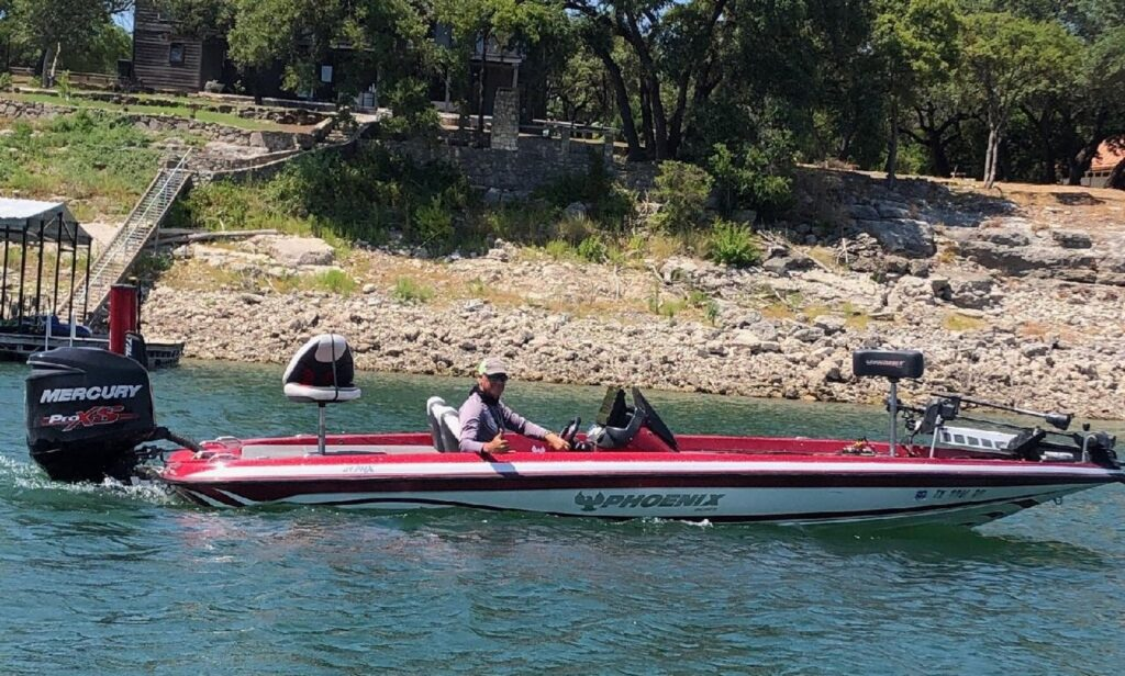 Fishing boat for rent on Lake Travis GetMyBoat.com