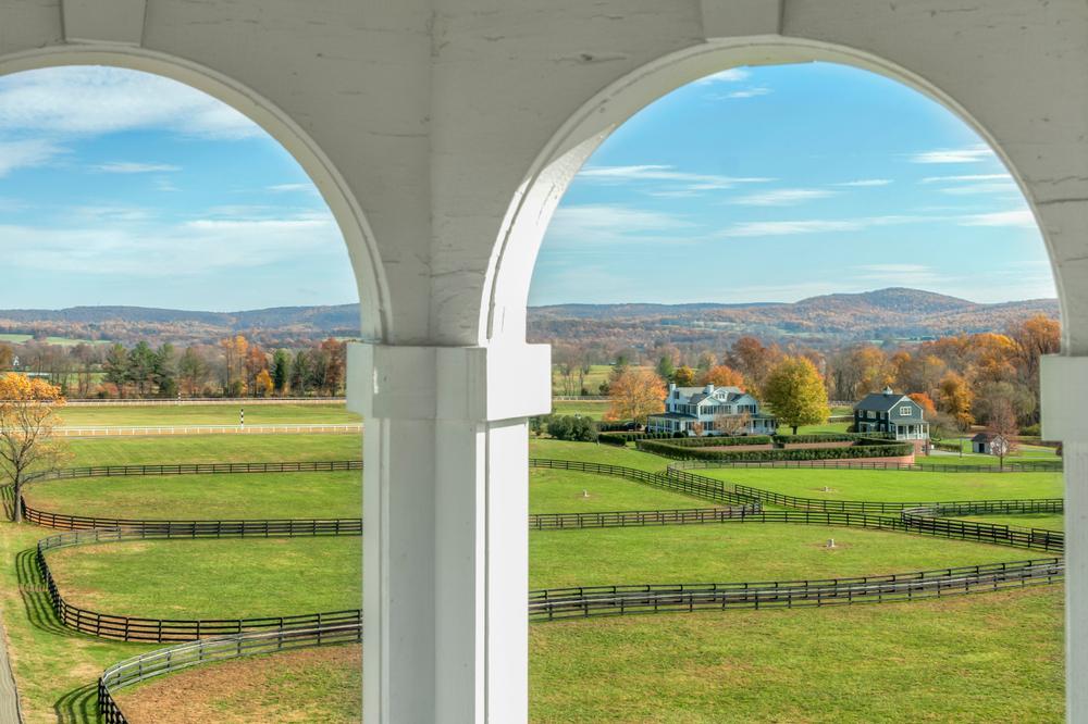 Middleburg, Virginia, panoramic view.