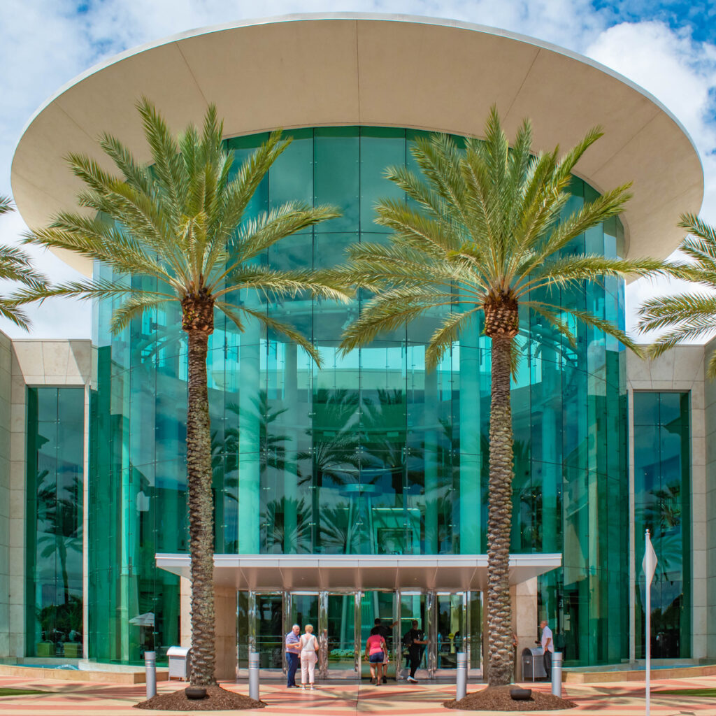 Main entrance to The Mall at Millenia 1.