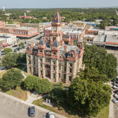 An aerial view of Lockhart's courthouse.