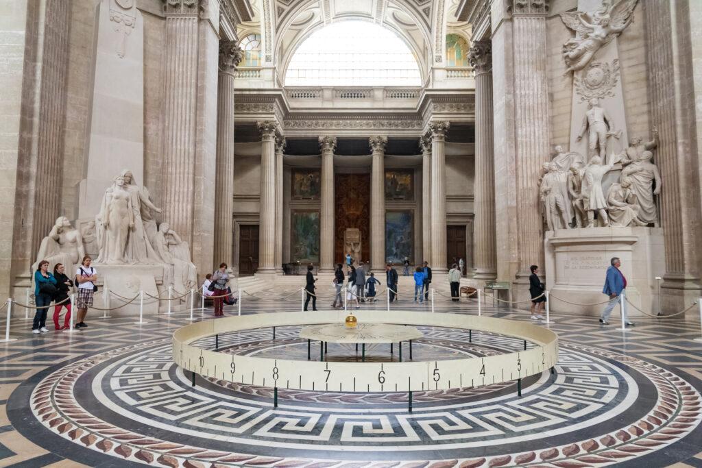 Panoramic view of the Foucault pendulum, Panthéon mausoleum.