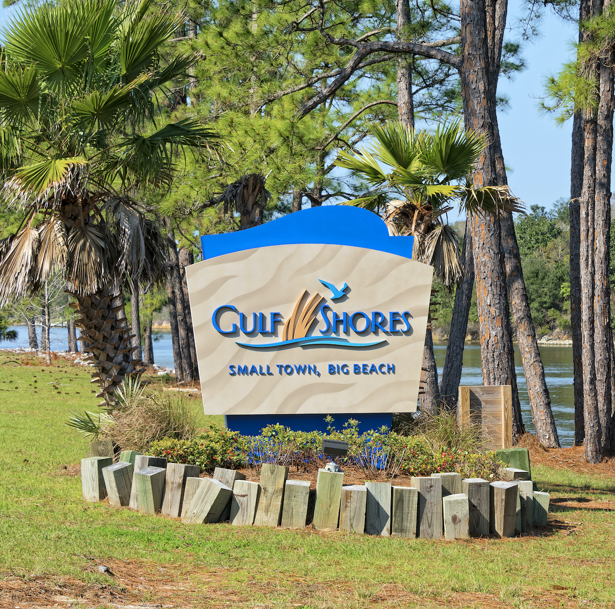 A sign for Gulf Shores, AL.