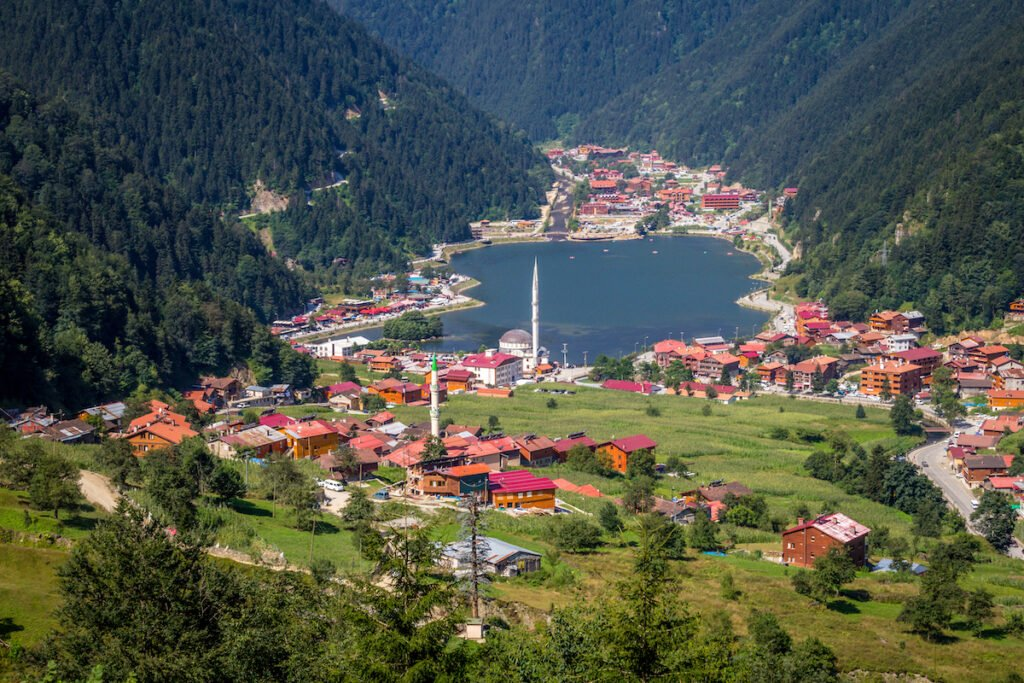 Lake Uzun and surrounding area.