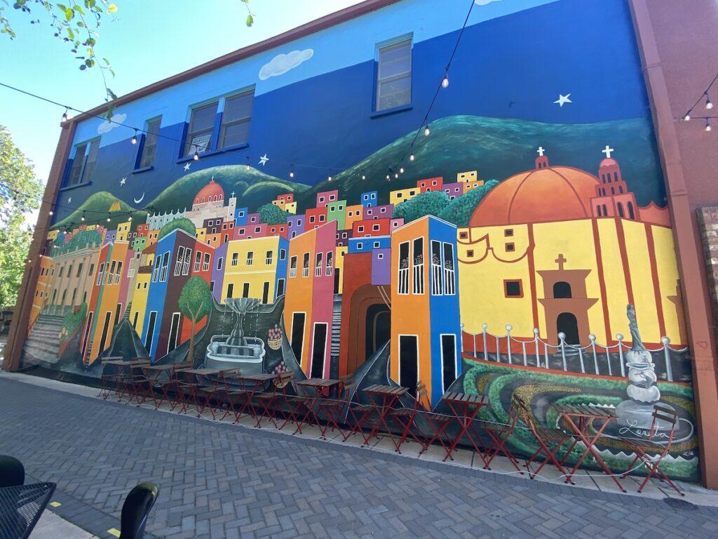 Hommage mural à la ville sœur, Guanajuato, Mexique.