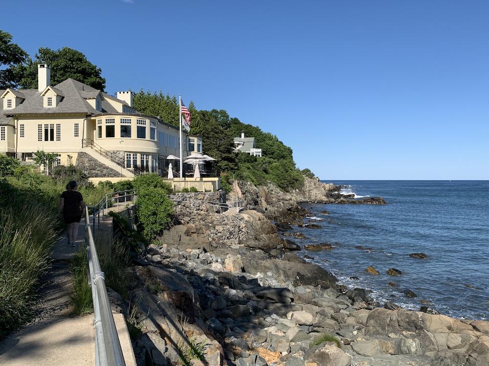 Cliff walk in York Maine