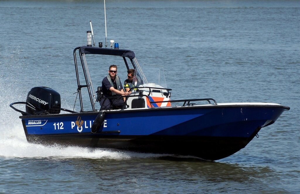 police water patrol boat