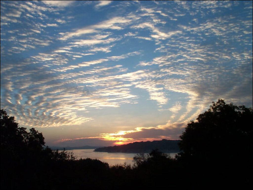 Canyon Lake Sunrise.