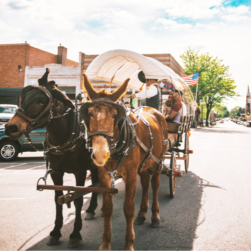 covered wagon ride in Independence, MO