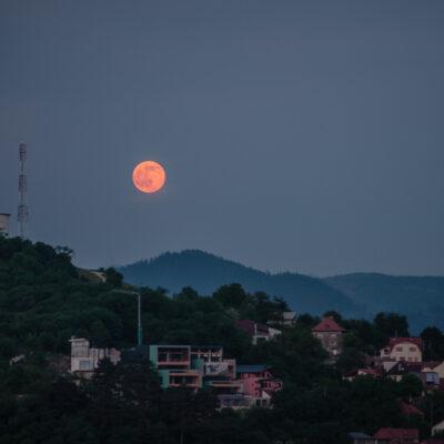 Strawberry Supermoon - Brasov, Romania 2015