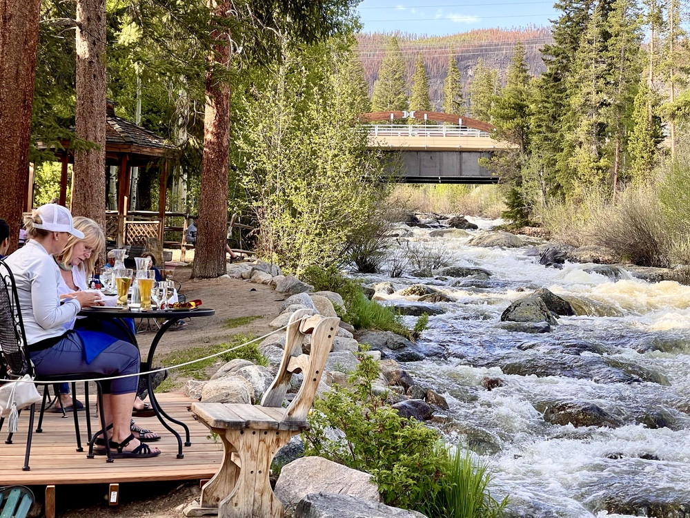 Dining Alfresco at The Rapids Lodge and Restaurant