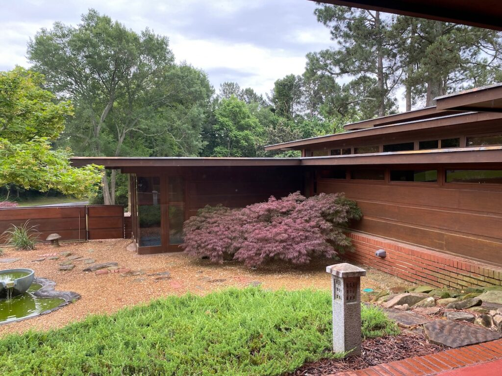 The Rosenbaum House. A Frank Lloyd Wright's Usonian home vision in Alabama.