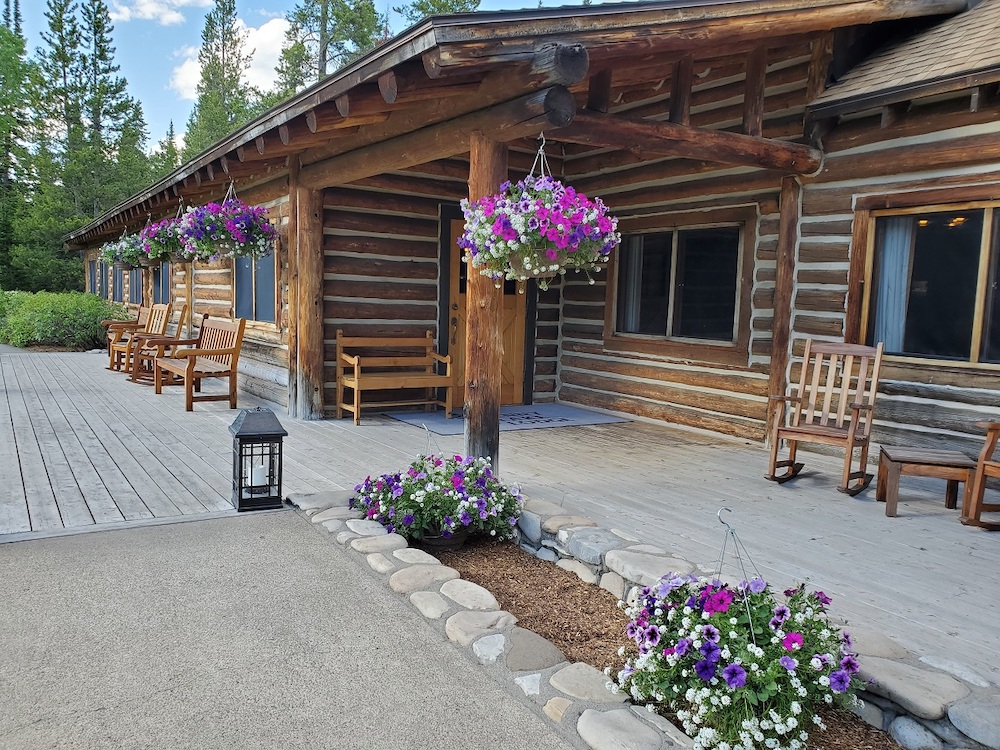 Jenny Lake Lodge's main building