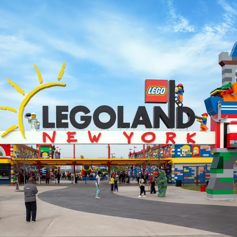 Legoland New York entrance