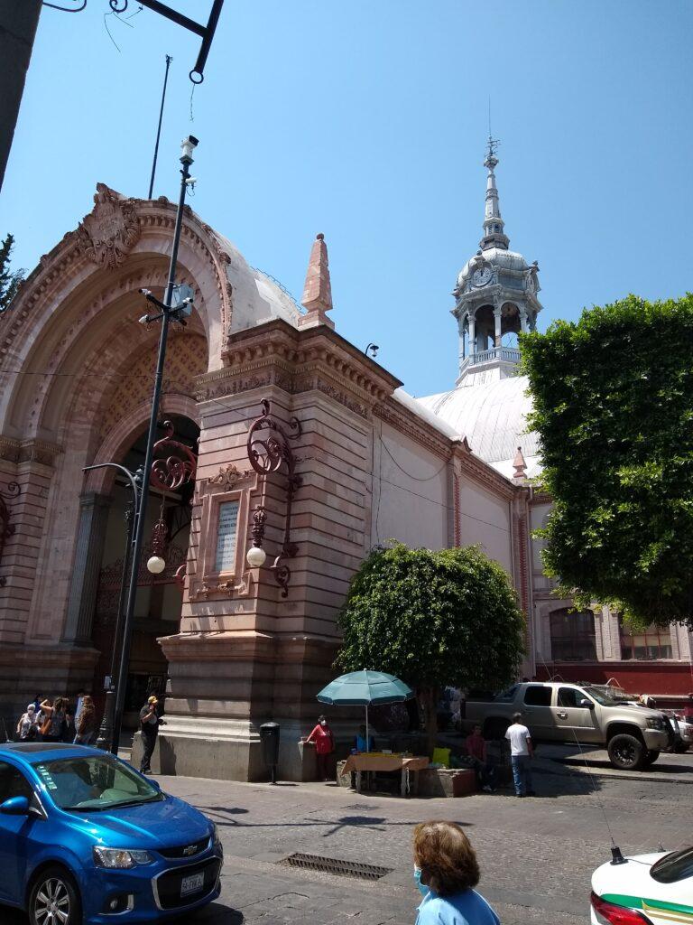 Mercado Hidalgo.