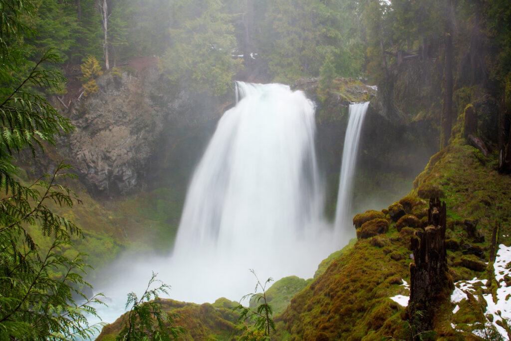 Sahalie Falls.