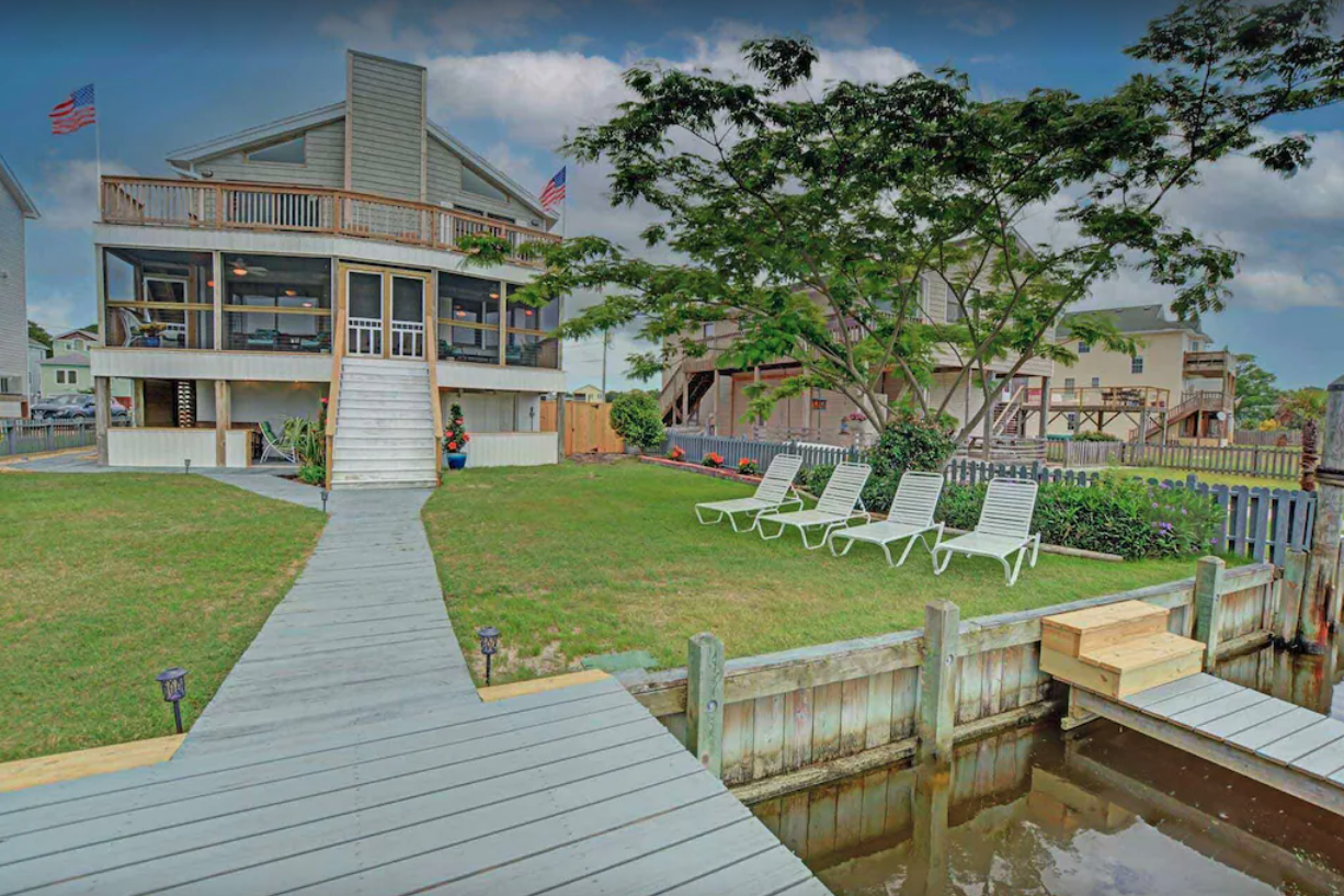 Luxury Canal Front Home — Kill Devil Hills, NC