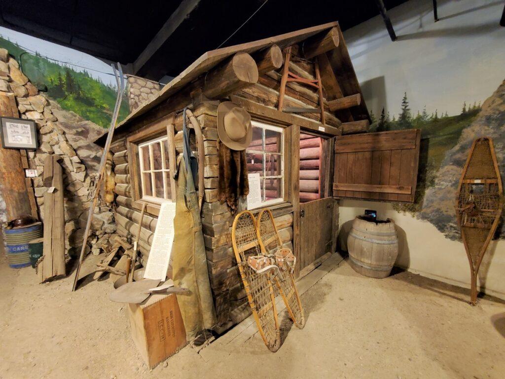 Trapper's cabin in the Granite County Museum.