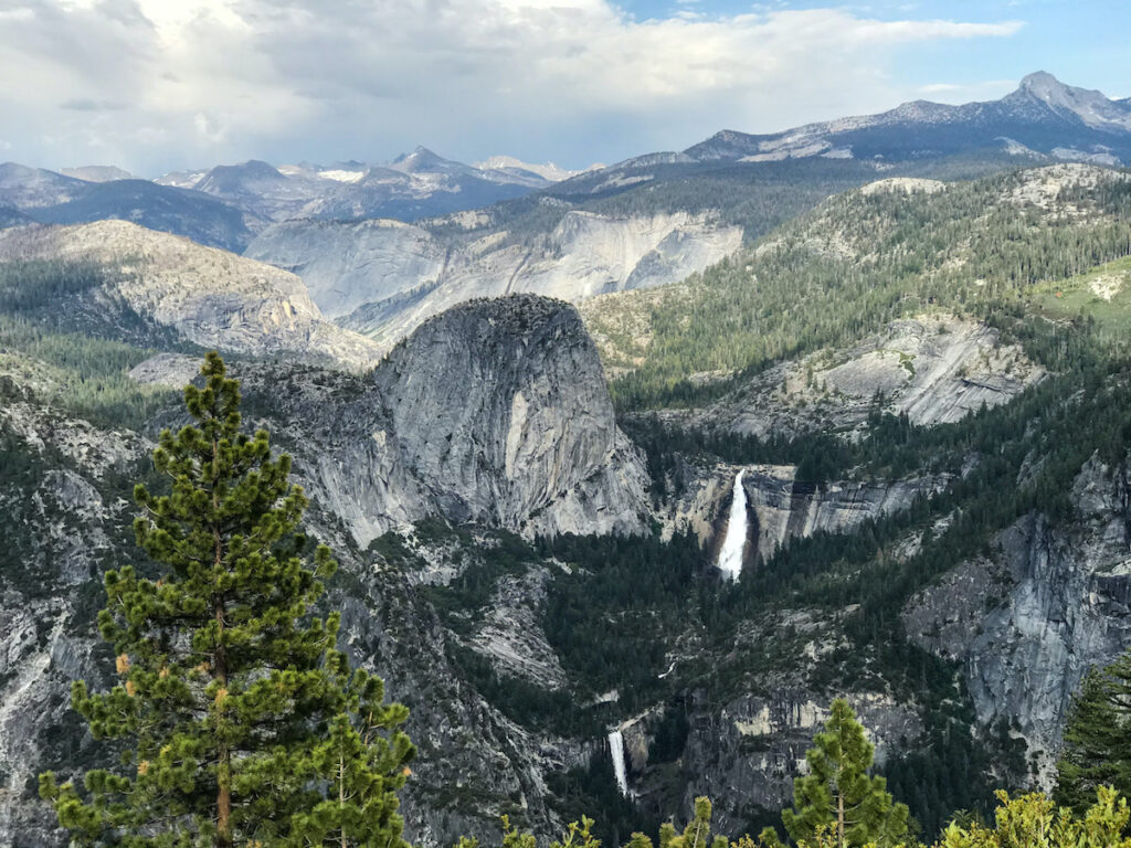 Stunning view of Yosemite Valley from Glacier Point.