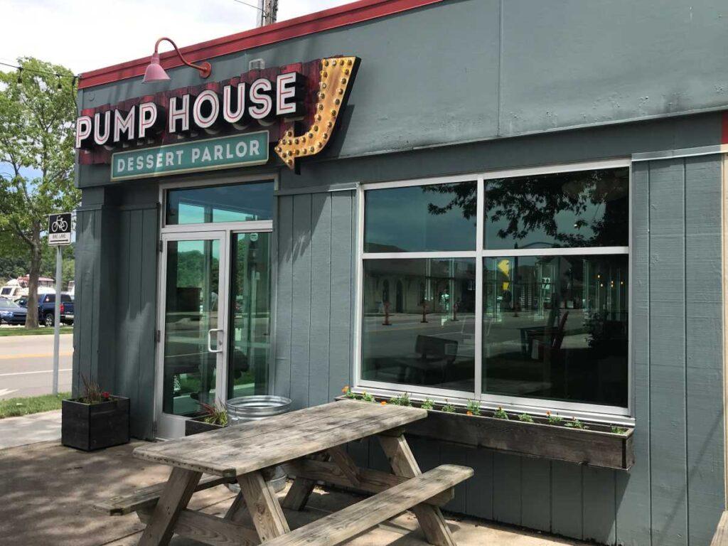 The Pump House Frozen Yogurt Bar exterior Grand Haven, Michigan