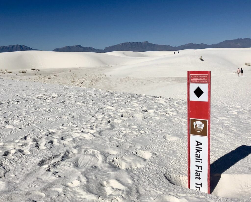 Alkali Flat Trail, White Sands National Park, New Mexico.