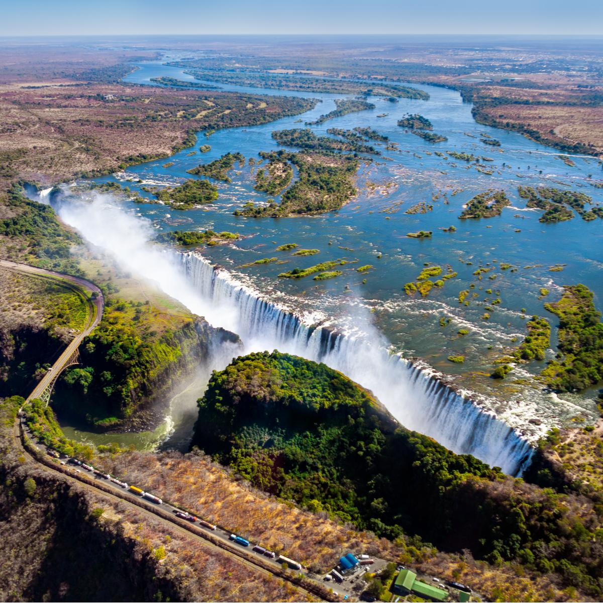 Victoria Falls between Zambia and Zimbabwe