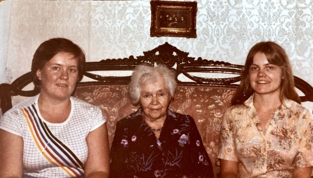 From left, Cindy Barks sister Angie, her great aunt Sigrid, and herself.