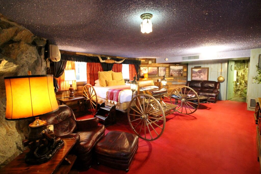 The Yahoo Room at the Madonna Inn.