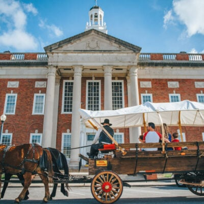 Independence, MO Courthouse with covered wagon in front