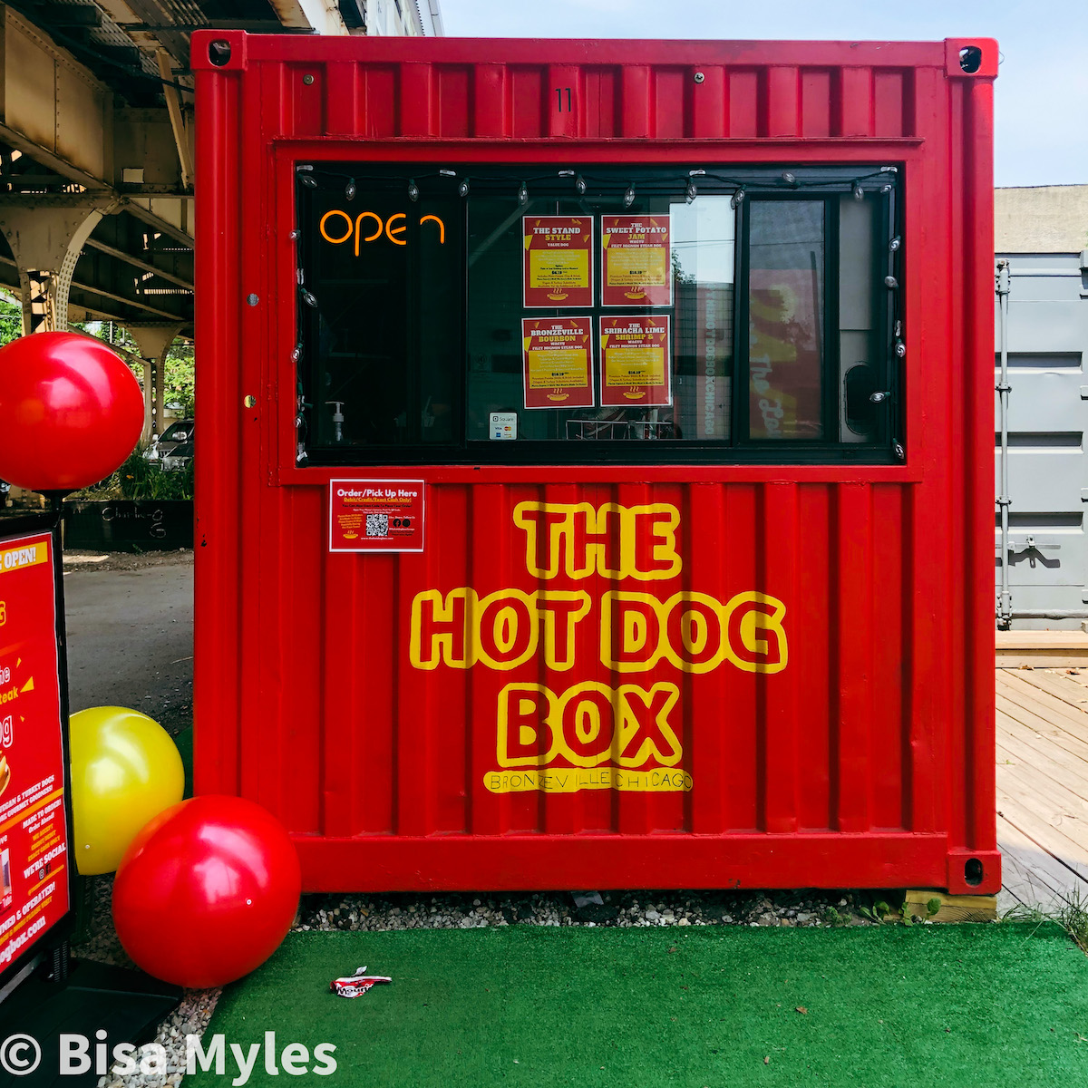 The Hot Dog Box, Black-owned restaurant in Chicago.
