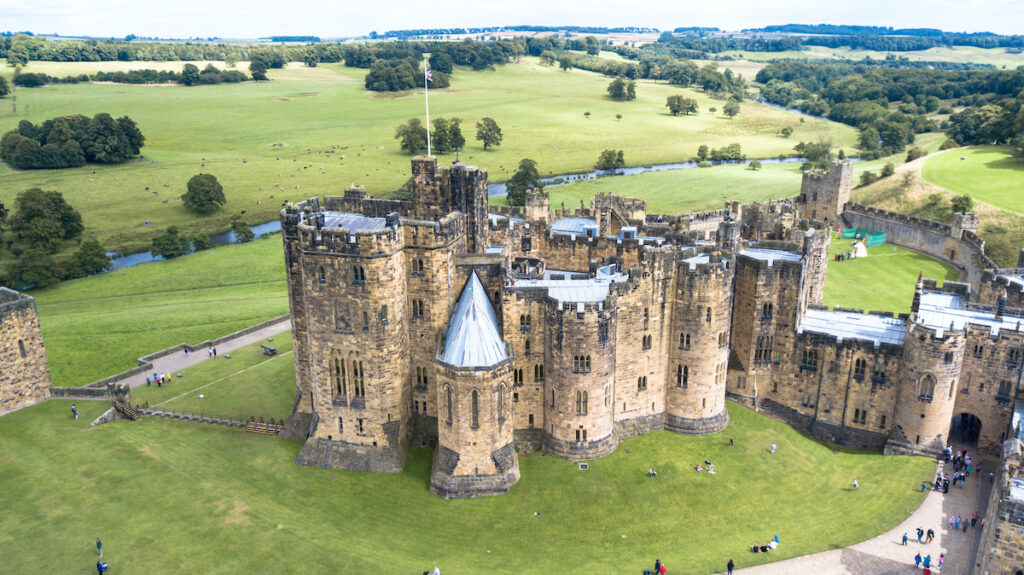Alnwick Castle (the shooting location of Branwick Castle from Downton Abbey) in Alnwick, England.